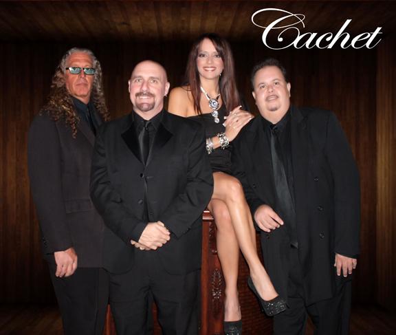 Cachet Band371
